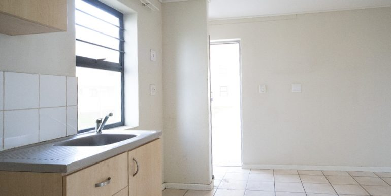 Drom-Phas2-1Bed-Kitchen